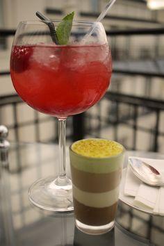 """Les cocktails du Mardi Soir   """"Night Call"""" notre cocktail rouge passion et sa mousse chocolat-pistache.   """"Night Call"""" our red passion's cocktail, here served with a chocolate-pistachio's mousse. #lescocktailsdumardisoir #mixology #cocktails #drinks #champagne #vodka #redfruits #ginger"""
