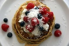 Protein pancakes by dedication Kristine. Tasty, Yummy Food, Protein Pancakes, Cottage Cheese, Lunch, Healthy Recipes, Fresh, Breakfast, Breakfast Cafe