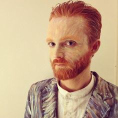 AWESOME Halloween costume idea! Van Gogh himself in impressionism paint!