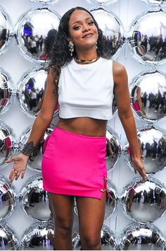 rihanna look cropped white skirt pink
