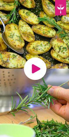 Das ist die beste #Beilage zum #Grillen die ich mir vorstellen kann. Die mir Rosmarin verfeinerten #Kartoffeln einfach aus dem Ofen nehmen und genießen!