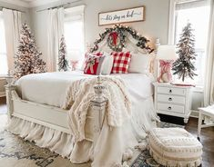 Christmas Bedding, Christmas Wonderland, Cozy Christmas, Xmas, Magical Christmas, Beautiful Christmas, Beautiful Bedrooms, Decorating Your Home, Bedroom Decor
