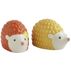 Sadie Hedgehog Salt  Pepper Shakers - I NEED these for my salt and pepper shaker collection.