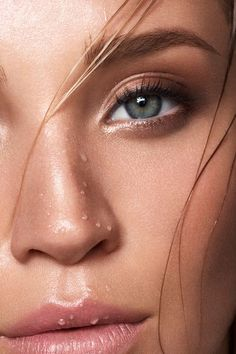 Tamara Williams Photographer in Stuttgart Germany Fotograf Stuttgart Les sourcils naturels, pleins et aussi subtilement Best Eyebrow Makeup, Best Eyebrow Products, Eye Makeup, Makeup Inspo, Makeup Inspiration, Makeup Style, Face Photography, Beauty Makeup Photography, Beauty Shoot
