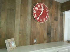 Reclaimed Brown Board Makes an Ordinary wall Extraordinary http://www.realantiquewood.com