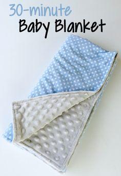 DIY baby blanket tutorial! Soooo soft! Sewing : baby gift : blanket