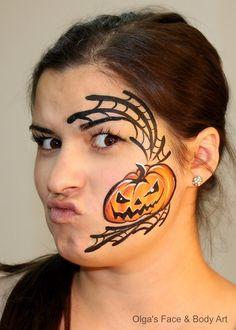 Olga Meleca design face painting halloween pumpkin spiderweb