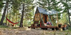 This Couple Built an Adorable 80-Square-Foot Guest Cabin for Just $700