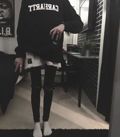 """asgoodasskinnnyfeels: """"Skinny boys are the only ones who look good in baggy clothes """" Thin Skinny, Get Skinny, Skinny Girls, Skinny Inspiration, Body Inspiration, Pretty Hurts, Baggy Clothes, Weight Loss Blogs, Tomboy Fashion"""