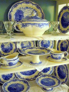 """English dinner service Grindley """"Scenes after Constable"""""""