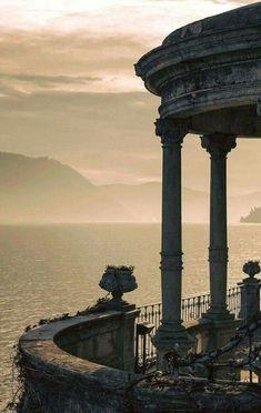 Sunrise over Moltrasio, Lake Como, Italy. Photography by: Roberto Roberti