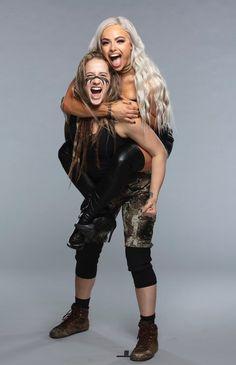 Wrestling Superstars, Women's Wrestling, Bmx Cycles, Nxt Divas, Total Divas, Kenny Omega, Wwe Female Wrestlers, Wwe Girls, Daniel Bryan