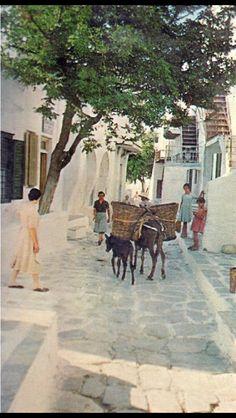 #Mykonos in 60's! Greece History, Old Time Photos, Mykonos Island, Top Destinations, Athens Greece, My Land, Ancient Greece, Greek Islands, Kenya