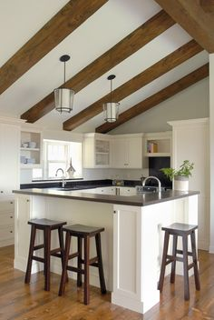 You don't see too many square kitchens. This is actually a pretty small space that feels spacious. Good note for those tiny kitchens we're always seeing.