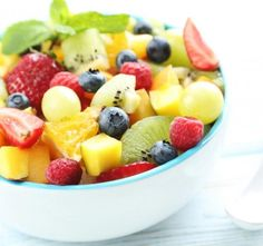 Instant Vanilla Pudding Fruit Salad Recipe simply delicious, this salad is equally as good with fresh fruit or convenient canned fruit. Fruit Juice Recipes, Mango Recipes, Fruit Smoothies, Summer Recipes, Healthy Recipes, Fruit Salad With Pudding, Best Fruit Salad, Fruit Salads, Vanilla Pudding Desserts