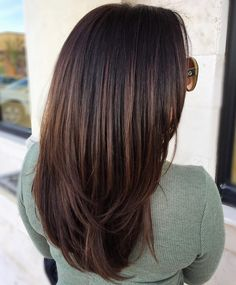Chocolate Brown Hair Color Ideas for Brunettes Black Hair with Dark Chocolate BalayageBlack Hair with Dark Chocolate Balayage Black Hair Ombre, Ombre Hair Color, Brown Hair Colors, Cool Hair Color, Dye Black Hair Brown, Dark Brown Hair Rich, Grey Ombre, Ash Brown, Reddish Brown