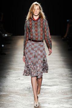 Marco de Vincenzo Spring 2014 RTW - Review - Vogue