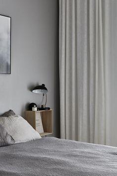 Beautiful Apartment in Kungsholmen in Stockholm - Only Deco Love - - bed Minimal Bedroom, Bedroom Photos, Trendy Bedroom, Bedroom Simple, Bedroom Styles, Scandinavian Style, Scandinavian Apartment, Home Decor Bedroom, Bedroom Ideas