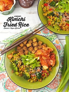 Loaded with vegetables this flavorful vegan Kimchi Fried Rice comes together quickly making it a great option for busy weeknights! It's gluten-free. Vegan Lunch Recipes, Healthy Recipes, Vegan Potluck, Potluck Recipes, Vegan Meals, Vegan Food, Vegan Vegetarian, Free Recipes, Vegan Rice Dishes