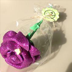 Rosa goma Eva de purpurina lila