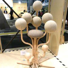 Aufgespie t pinsofa 1 von demeter fogarasi inspirations for Design lab stuhl
