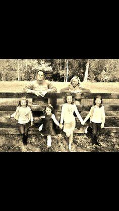 Fall family photo idea
