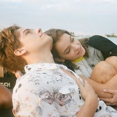 dylan sprouse and barbara palvin - dylan sprouse ` dylan sprouse and barbara palvin ` dylan sprouse girlfriend ` dylan sprouse long hair ` dylan sprouse aesthetic ` dylan sprouse photoshoot ` dylan sprouse wallpaper ` dylan sprouse gif Tumblr Relationship, Cute Relationship Goals, Cute Relationships, Barbara Palvin, Hailey Baldwin, Miley Cyrus, Dylan Sprouse Girlfriend, Kendall Jenner, Happy Anniversary My Love