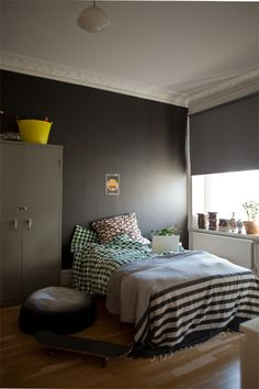 Grey, yellow, black, color, wood in the bedroom // Morning snapshots | Fine Little Day