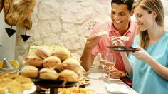 TABAK TABAK YENİLİK/ İstanbul'un iki yakası bir araya geldi, en yeni mekânlarda en leziz yemekler sizi ağırlamaya hazırlanıyor. Peki hangisinde kaç lira harcayacaksınız? Yoksa siz yediniz de mi geldiniz?