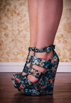 29 Wedges Shoes To Look Cool And Fashionable - Hot Heels - Schuhe Hot Heels, Shoes Heels Wedges, Lace Up Heels, Pumps, Strappy Wedges, Wedge Sandals, Wedge High Heels, Purple Heels, Black Wedge Shoes