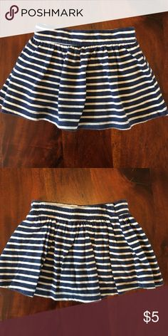 Old Navy blue ' white stripped skirt Old Navy blue ' white stripped skirt, pair of boy shorts sewn inside Old Navy Bottoms Skirts