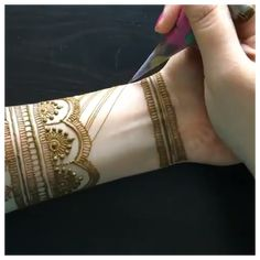 Full Hand Mehndi Designs, Indian Mehndi Designs, Henna Art Designs, Stylish Mehndi Designs, Mehndi Designs For Girls, Mehndi Designs For Beginners, Mehandhi Designs, Wedding Mehndi Designs, Mehndi Designs For Fingers