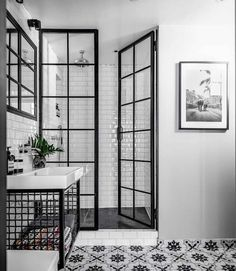 Bathroom Inspiration : Fayola Decor - Decoration For Home Bathroom Renos, White Bathroom, Bathroom Renovations, Bathroom Interior, Home Remodeling, Bathroom Ideas, Modern Bathroom, Bathroom Cabinets, Bathroom Tray