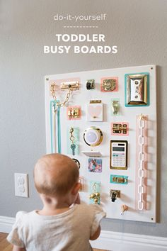 How To Make ADORABLE Toddler Busy Boards Without Power Tools! - How To Make ADORABLE Toddler Busy Boards Without Power Tools! How to create your own colorful toddler busy board, without using power tools! Toddler Activity Board, Toddler Learning Activities, Infant Activities, 8 Month Old Baby Activities, Baby Activites, Activities To Do With Toddlers, Baby Sensory Play, Baby Play, Baby Sensory Board