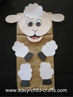 Make this paper bag puppet sheep.