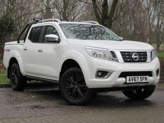 Nissan Navara Double Cab Pick Up Trek-1 2.3dCi 190 4WD Pick Up Diesel