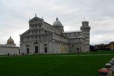 Piazza Miracoli Pisa Patrimonio Unesco – Duomo e torre Pisa Uni, His Travel, World Heritage Sites, Urban Design, Cool Pictures, Louvre, Italy, Mansions, House Styles