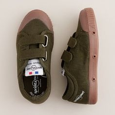 Love these for my preschooler in the fall. Easy on/off and definitely won't show the dirt too bad.