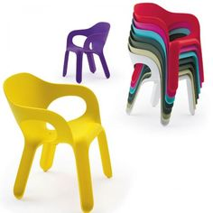 Attirant Plastic Chairs Plastic Chairs, Ux/ui Designer, Outdoor Seating, Outdoor  Chairs,