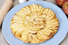 Tarte aux pommes sans pâte au Thermomix Russian Tea, Thermomix Desserts, Cup And Saucer Set, Cake Plates, Apple Pie, Porcelain, Gluten, Healthy Recipes, Dinner