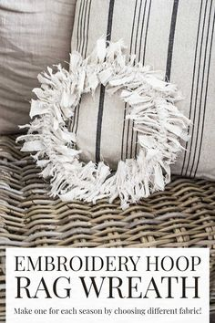 Make your own rag wreath for fall (or any season) using an embroidery hoop and a few scraps of fabric! Just swap out the fabric colors or patterns to create a new look for each season, occasion or holiday! Embroidery Hoop Crafts, Embroidery Transfers, Vintage Embroidery, Embroidery Patterns, Diy Home Crafts, Easy Diy Crafts, Diy Crafts To Sell, Kids Crafts, Diy Furniture Hacks