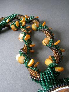 Inspirational Beading: Beading Tutorial: Dutch Spiral Rope