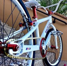 Bmx Cruiser, Beach Cruiser Bikes, Bmx Bicycle, Cycling Bikes, Cycling Art, Cycling Jerseys, Golden Bike, 24 Bmx, Vintage Bmx Bikes