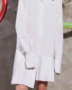 Camasa asimetrica dama ARIA este confectionata dintr-un material de calitate, usor si racoros perfecta pentru sezonul cald. Ti-am pus la dispozitie un paletar cu trei variante pentru a alege produsul care ti se potriveste. Blouse, Coat, Long Sleeve, Sleeves, Jackets, Women, Fashion, Blouse Band, Down Jackets