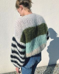 Mohair Sweater, Big Sweater, Knitwear Fashion, Outfit Goals, Winter Wardrobe, Knitting Projects, What To Wear, To My Daughter, My Style