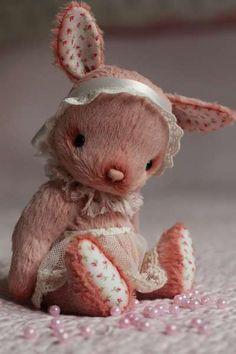 Artist teddy bunny Anka by By Anzhelika Costin | Bear Pile