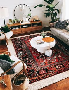Statement rug and ample seating
