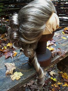 Jack and the Beanstalk - Dim/Dum {Wig Reference} 18th Century Wigs, 18th Century Dress, 18th Century Costume, 18th Century Clothing, 18th Century Fashion, 19th Century, Historical Costume, Historical Clothing, Vintage Hairstyles