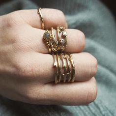 Chupi.com - CHRISTMAS Irish Jewelry, Claddagh Rings, Jewelry Branding, Fashion Rings, Solid Gold, Gemstone Jewelry, Ireland, Gold Rings, Jewels