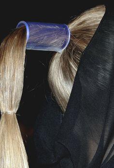 // acessórios cabelo. a partir disto uma trança?